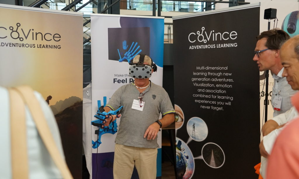 VR Lab Training with SenseGlove @VR (R)evolution 2019 Veldhoven